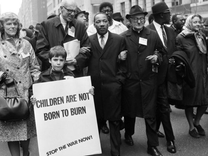 Dr Martin Luther King Jr And Dr Benjamin Spock At Un Demonstration Against Vietnam War April