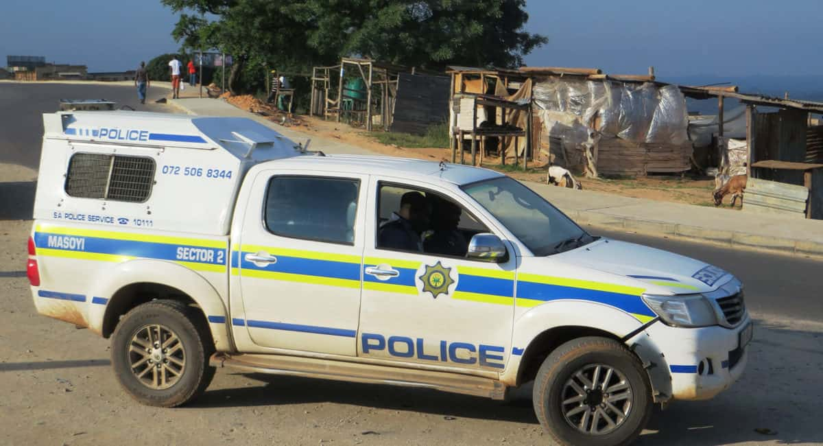 South Africa arrests farmer for knowingly spreading foot and mouth disease