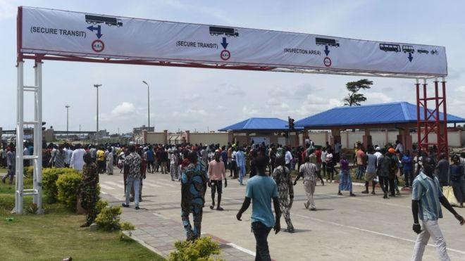 West African leaders set to probe Nigeria's border closure