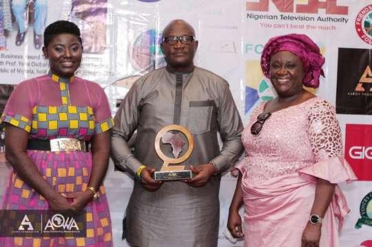 aowa awards