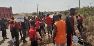 kpone youth demands immediate closure of land fill site