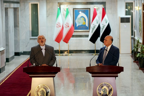 Iraqi Foreign Minister Fuad Hussein (R) and visiting Iranian Foreign Minister Mohammad Javad Zarif attend a joint press conference in Baghdad, Iraq, on July 19, 2020. Iranian Foreign Minister Mohammad Javad Zarif arrived on Sunday in Baghdad on an official visit to discuss bilateral ties and regional situation. (Xinhua)
