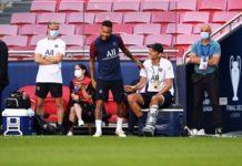 PSG head coach Thomas Tuchel (C-R) and Neymar (C-L) attend their team's training session in Lisbon, Portugal, 22 August 2020. Paris Saint-Germain will face Bayern Munich in the UEFA Champions League final on 23 August 2020. EPA/David Ramos / POOL