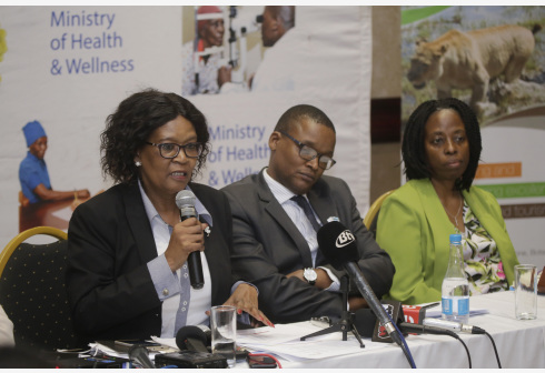GABORONE, March 13, 2020 (Xinhua) -- Myra Sekgororwane (L), Chief Executive Officer Botswana Tourism Organization (BTO) talks during a media briefing on the impact of COVID-19 in Botswana's tourism sector in Gaborone, Botswana, March 11, 2020. (Xinhua/Tshekiso Tebalo)