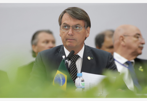 File photo shows Brazilian President Jair Bolsonaro attending the 55th summit of the South American trade bloc Mercosur (Southern Common Market) in Bento Goncalves, Brazil, Dec. 5, 2019. Jair Bolsonaro tested negative for COVID-19, confirmed his official Twitter account and Facebook page on Friday. (Xinhua/Rahel Patrasso)