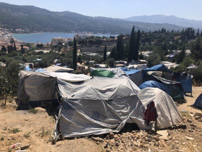 On Samos, new arrivals set up camp where they can. Photo: Gemma Bird