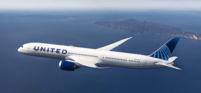 United Airlines Boeing Dreamliner
