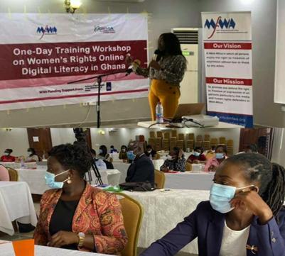 Training Journalists