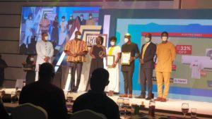 Guido Sopiimeh Senior Manager Marketing Planning And Analytics Leads Mtn Team To Receive Cimg Telecom Company Of The Year Award