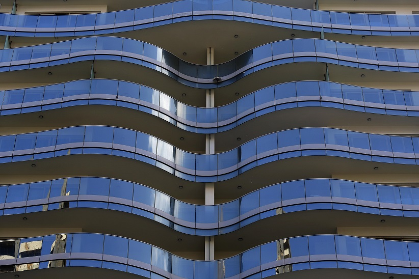 An apartment building is seen in Beirut, Lebanon, July 10, 2020.   Lebanon's real estate sector saw significant demand following years of stagnation as most depositors in Lebanese banks decided to flee their money into real estate amid fears of a possible haircut given the financial collapse in the country, experts say. (Photo by Bilal Jawich/Xinhua)