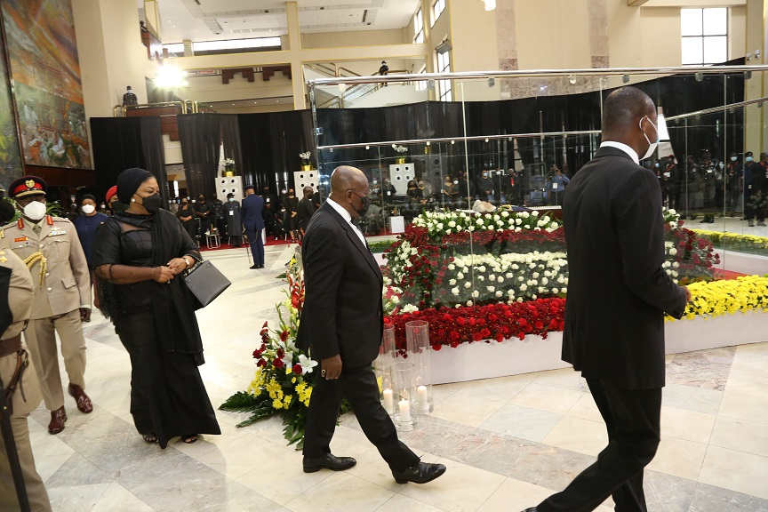 Ghanaian President Nana Addo Dankwa Akufo-Addo (2nd R, Front) attends a mourning ceremony to pay his respect to the late former Ghanaian President Jerry John Rawlings in Accra, Ghana, on Jan. 26, 2021. Ghanaian President Nana Addo Dankwa Akufo-Addo led a delegation of dignitaries to pay their last respect to the memory of the late former President Jerry John Rawlings on Tuesday at the Accra International Conference Center. (Xinhua)