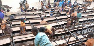 Education Schools Desk