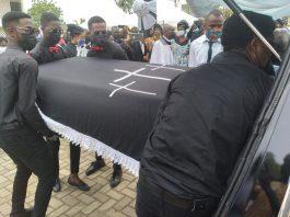 Social Moderator Funeral