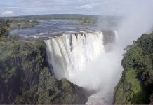 FILED - The Victoria Falls, which were supposed to have dried up, are now overflowing with water, but tourism remains absent because of the pandemic. Photo: Columbus S. Mavhunga/dpa - ATTENTION: Only for editorial use in connection with current reporting and only with full mention of the above credit Credit: Columbus S. Mavhunga/dpa