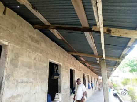 A photograph of Kwaboanta D/A JHS building at Asamankese