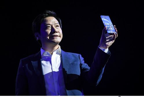 FILED - Chinese smartphone manufacturer says it's pouring 10 billion dollars into a new car unit headed by 51-year-old Xiaomi founder and CEO Lei Jun. (archive photo) Photo: Niu Bo/Imaginechina via ZUMA Press/dpa