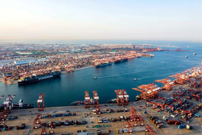 Photo taken on Sept. 20, 2020 shows a view of the Qingdao Area of China (Shandong) Pilot Free Trade Zone. The Qingdao Area is fully implementing the pre-access national treatment for foreign investors and negative list mechanism to attract foreign investment. (Photo by Han Jiajun/People's Daily Online)
