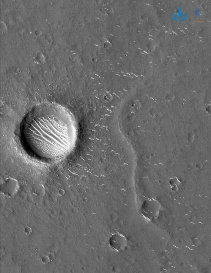 A high-resolution image of Mars captured by Tianwen-1 probe. (CNSA)