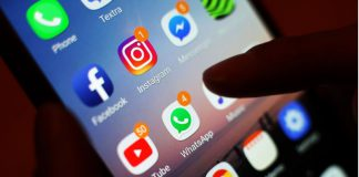 FILED - A recent study has found that messaging other people is more likely to make you feel more connected to the outside world than video chat. Photo: Yui Mok/PA Wire/dpa