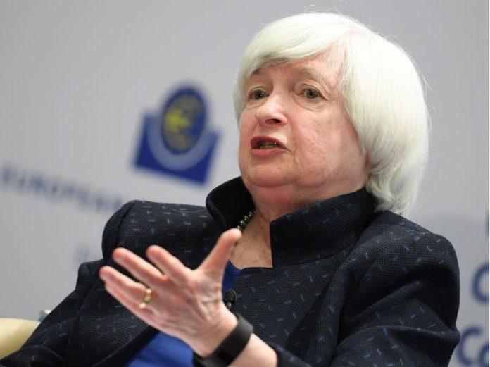 FILED - ARCHIV - Janet Yellen, Präsidentin des Federal Reserve Board (FED), spricht am 14.11.2017 während der EZB-Konferenz