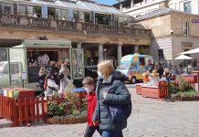 Non-essential shops reopen