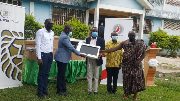 Huni-Valley SHS receives computers