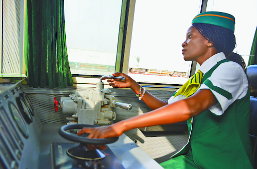 Nigerian female train driver Issa Fatimoh Abiola. (Photo by Jiang Xuan/People's Daily)