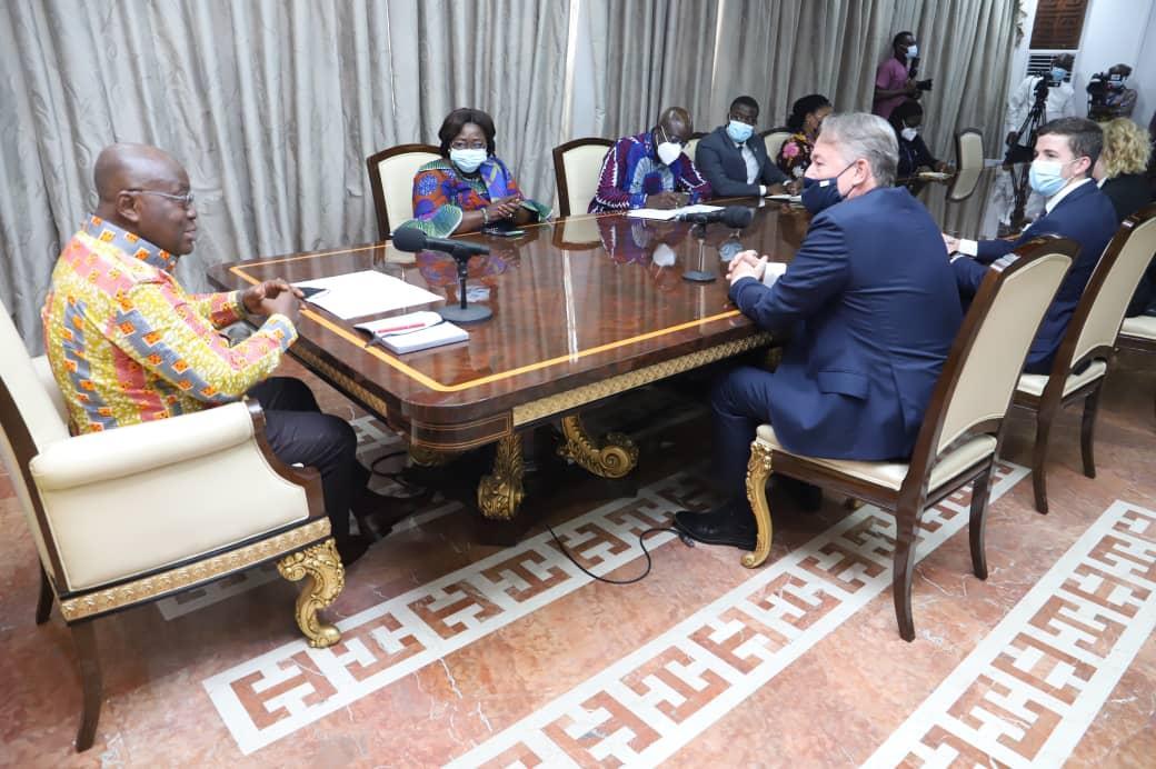 President bids farewell to UK and German envoys