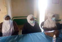 Photo of the Hajia Anisa Iddrisu Sahiba (middle) flanked by other Executive members