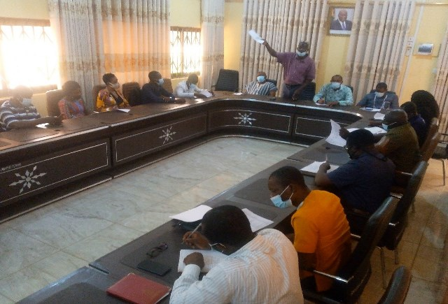 Mr. Yeboah, standing (above) and Mr. Abdulai, standing (below) with other members of the Association and officials of the Assembly