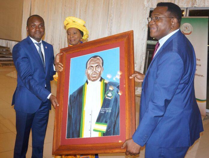 Social African Court