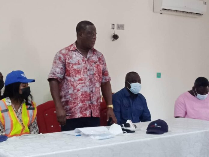 Mr Kwesi Amoako-Atta, the Minister of Roads and Highways addressing the Chiefs and Youth Leaders in Tumu